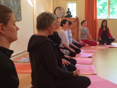 bewuste vakanties - Vrouwen weekend retreat Lomi Lomi Massage, Zeeland