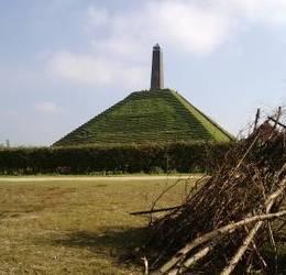 Krachtplaatswandeling Pyramide v Austerlitz