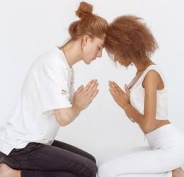 Connecting the Heart – Yoga van Verbinding