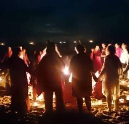 Rode/ Open Tent aan zee met o.a. Ecstatic Dance